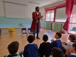 Alla scuola Spataro Ic1 di Vasto arriva Capitan Eco, il Pirata amico dell'ambiente La Pulchra promuove la raccolta differenziata a scuola in modo divertente