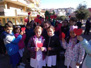 Commemorazione in ricordo dei 15 anni dalla strage di Nassirya Grande attenzione degli studenti presenti
