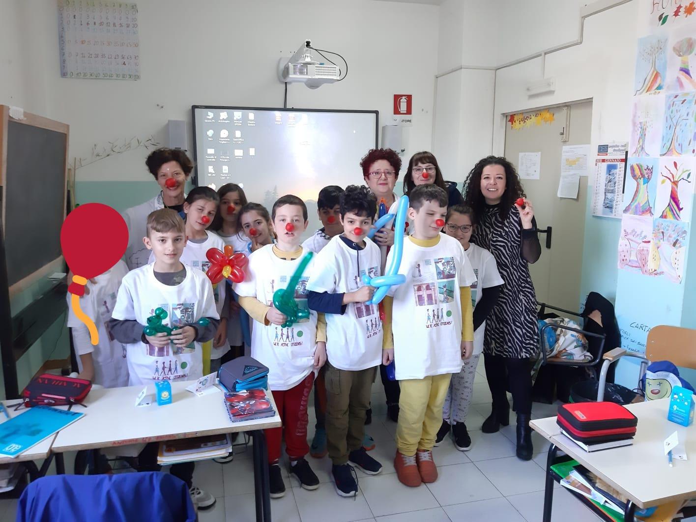 A Scuola di …volontariato nella Spataro Ic1 di Vasto. La quarta D conosce la clownterapia della Ricoclaun